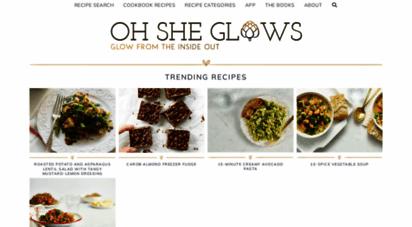 ohsheglows.com -